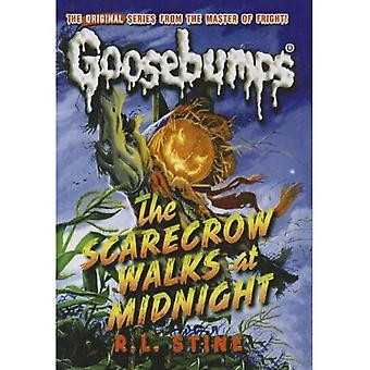 The Scarecrow Walks at Midnight (Goosebumps Classics (Reissues/Quality))