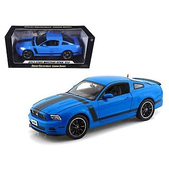 2013 Ford Mustang Boss 302 Blue 1/18 Diecast Car Model By Shelby Collectibles