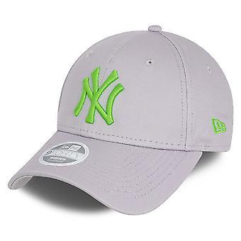 New Era 9Forty Women's Cap - New York Yankees Grey / Green
