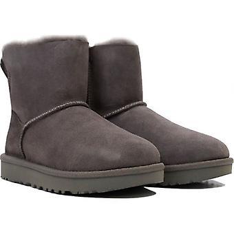 Ugg מיני ביילי פפיון II מגפיים קלאסיים