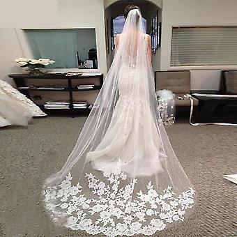 Lång brudslöja med kam, elegant spetskant Tulle Bride Veil
