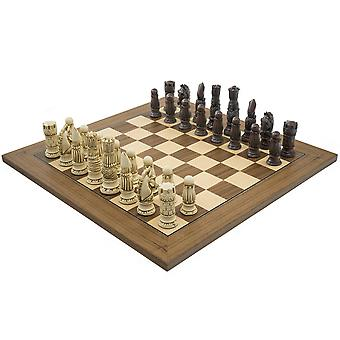 The Berkeley Chess Victorian Russet and Walnut Chess Set