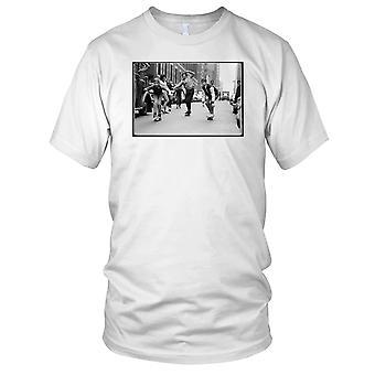 Skate Boys - B&W Skateboarder Skateboard damer T skjorte