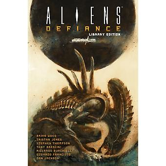 Aliens Defiance Library Edition by Brian Wood