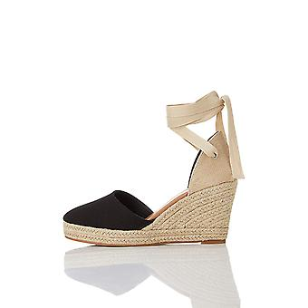 find. Womens 118AL5394 Closed Toe Casual Espadrille Sandals