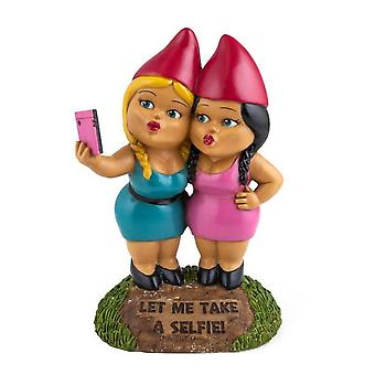 Bigmouth the selfie sisters gnome