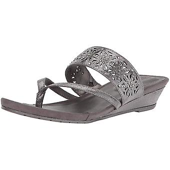 Kenneth Cole Reaction Womens Great Chime Fabric Split Toe Casual Slide Sandals