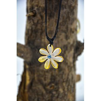 Shell Flower Necklace - Hand Carved, Beige