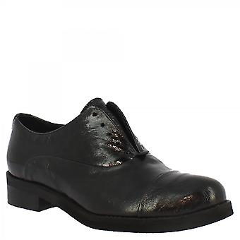 Leonardo Shoes Women's handmade slip-on shoes in black calf leather with round toe