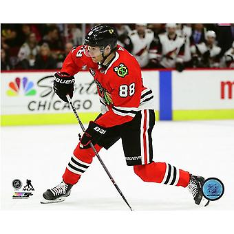 Patrick Kane 2018-19 Action Photo Print