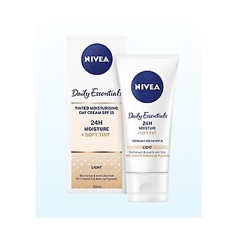 Nivea Daily Essentials Tinted Moisturising Cream