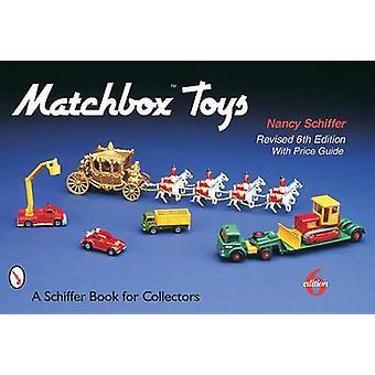 Brinquedos de Caixa de Fósforos por Nancy Schiffer