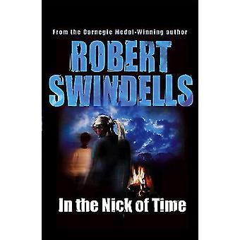 In the Nick of Time door Robert Swindells - 9780552577168 Boek