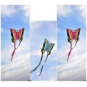 Perhosleijat lentävät