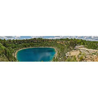 Kohonnut Näköala laguunille Lagunas de Kanada del Hoyo Serrania de Cuenca Cuenca Castilla-La Mancha Espanjassa Juliste Tulosta panoraama kuvia