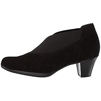 Munro Womens Suede Closed Toe Casual Mule Sandals