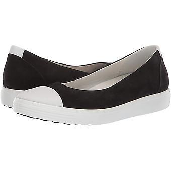 ECCO Womens Soft 7 Leather Closed Toe Slide Flats