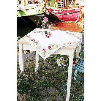 Vervaco Counted Cross Stitch: Tafelkleed: Roze Bloemen