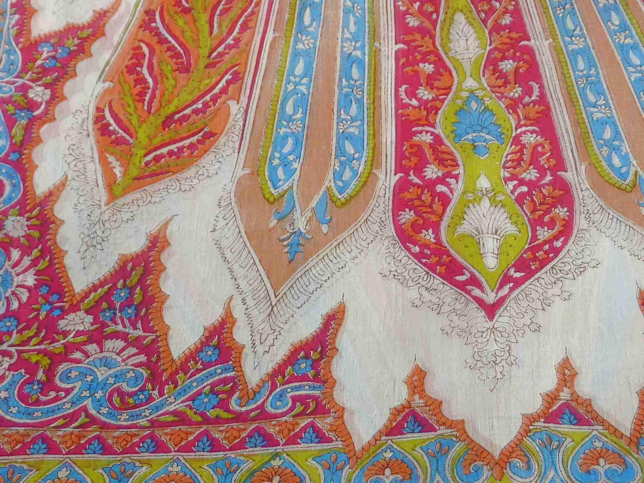 Mulberry Silk Traditional Long Scarf Tulisa Pink by Pashmina & Silk