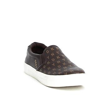 DKNY ? Bess Slip On Sneaker