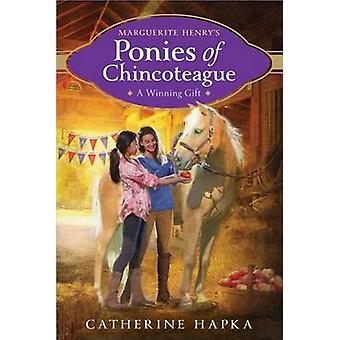 A Winning Gift by Catherine Hapka - 9781481439695 Book