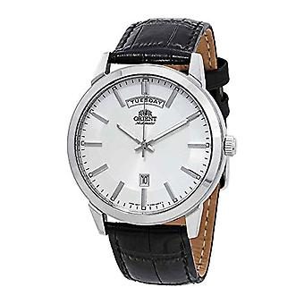 Orient Automatic Analog Man with a leather strap FEV0U003WH