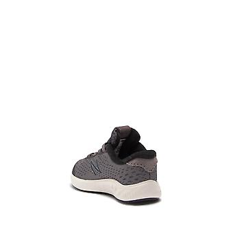 Kids New Balance Boys Arishi NXT Low Top Pull On Running Sneaker