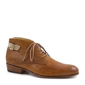 Leonardo Shoes Women's handmade chukka booties tan/incense leather back buckle