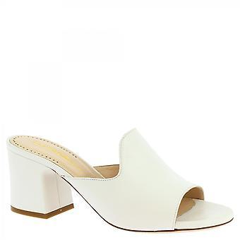 Leonardo Scarpe Donne'i tacchi fatti a mano scivolano sui sandali in pelle di vitello bianco