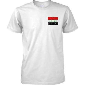 Irakin ahdistuneita Grunge Effect lippu Design - miesten rinnassa Design t-paita
