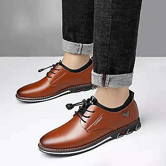 Nieuwe heren schoenen lederen koeienhuid mannen comfortabele low-top Britse casual single
