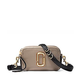 Marc Jacobs The Softshot 17 Leather Crossbody Bag