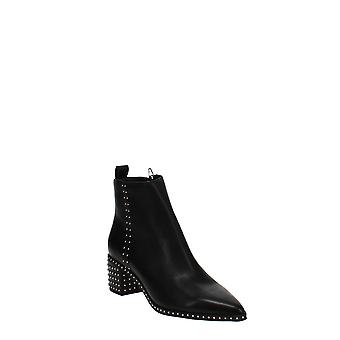 Dolce Vita | Brook Pointed Toe Boot