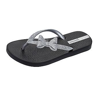 Ipanema Sparkle Bow II Girls Flip Flops / Sandals - Black and Silver