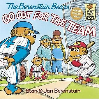 The Berenstain Bears Go Out for the Team by Stan Berenstain - 9780808