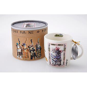 Royal Furmily Pawtraits Baroness Anchovy de Breath Cat Mug