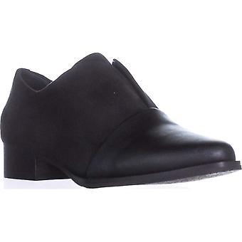 Tahari Womens Lucy Cap Toe Loafers