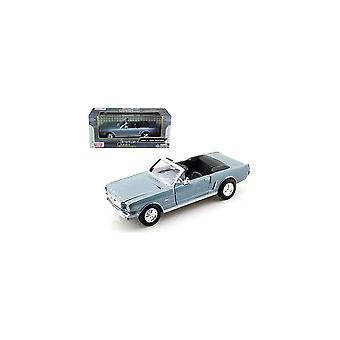 MotorMax American Classics - 1964 1/2 Ford Mustang Pale Blue 1:24 Converti