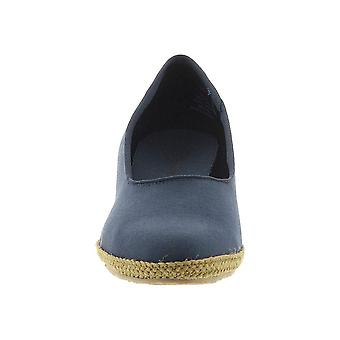 Beacon Newport Women-apos;s Slip On 8.5 E US Navy Beacon Newport Women-apos;s Slip On 8.5 E US Navy Beacon Newport Women-apos;s Slip On 8.5 E US Navy Beacon Newport
