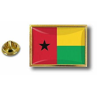 Kiefer Kiefern Abzeichen Pin-Apos;s Metall mit Schmetterling Pinch Flagge Guinee Bissau
