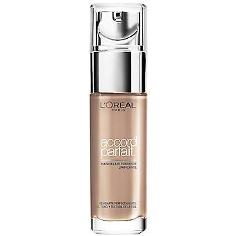 L'Oréal Paris Accord Parfait Make-up Foundation 1R elfenbein