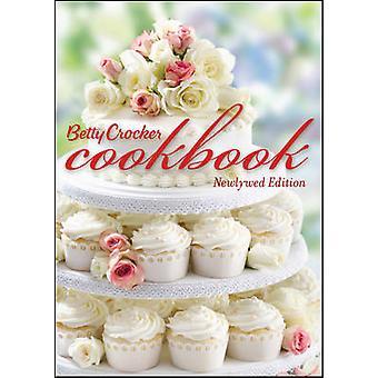 Betty Crocker Cookbook Newlywed Edition 11th by Betty Crocker Editors