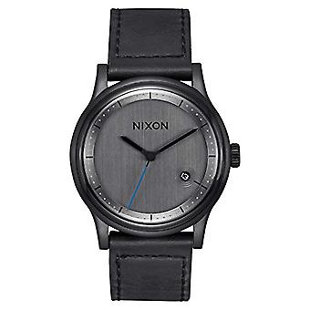 Nixon Analog quartz men's watch with leather A1161-001-00