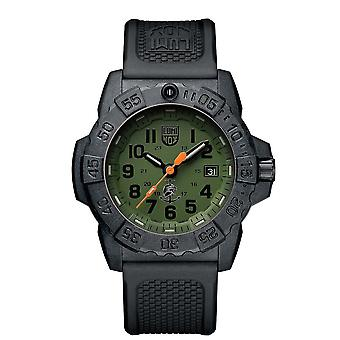 Luminox Navy SEAL Quartz Green Dial Black Rubber Strap With Extra Strap Men-apos;s Watch Set XS.3517.NQ.SET