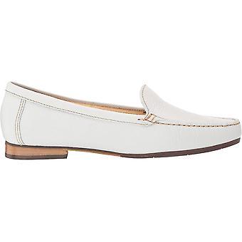 Marc Joseph New York Women's Shoes Warren Street Leather Closed Toe Loafers