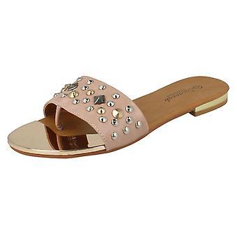 Ladies Savannah Slip-On Sandals F0632