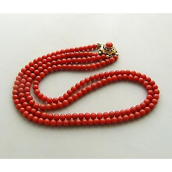 Collier blood Coral with gold lock
