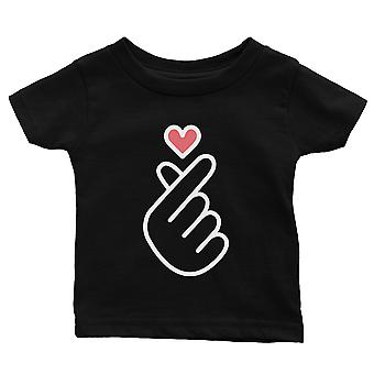 365 Printing Finger Heart Baby Graphic T-Shirt Gift Black Infant Tee Baby Gift