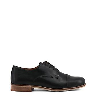Woman laced shoes mi68311