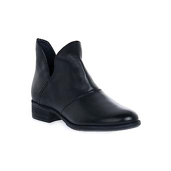 Igi & co fenyves black shoes